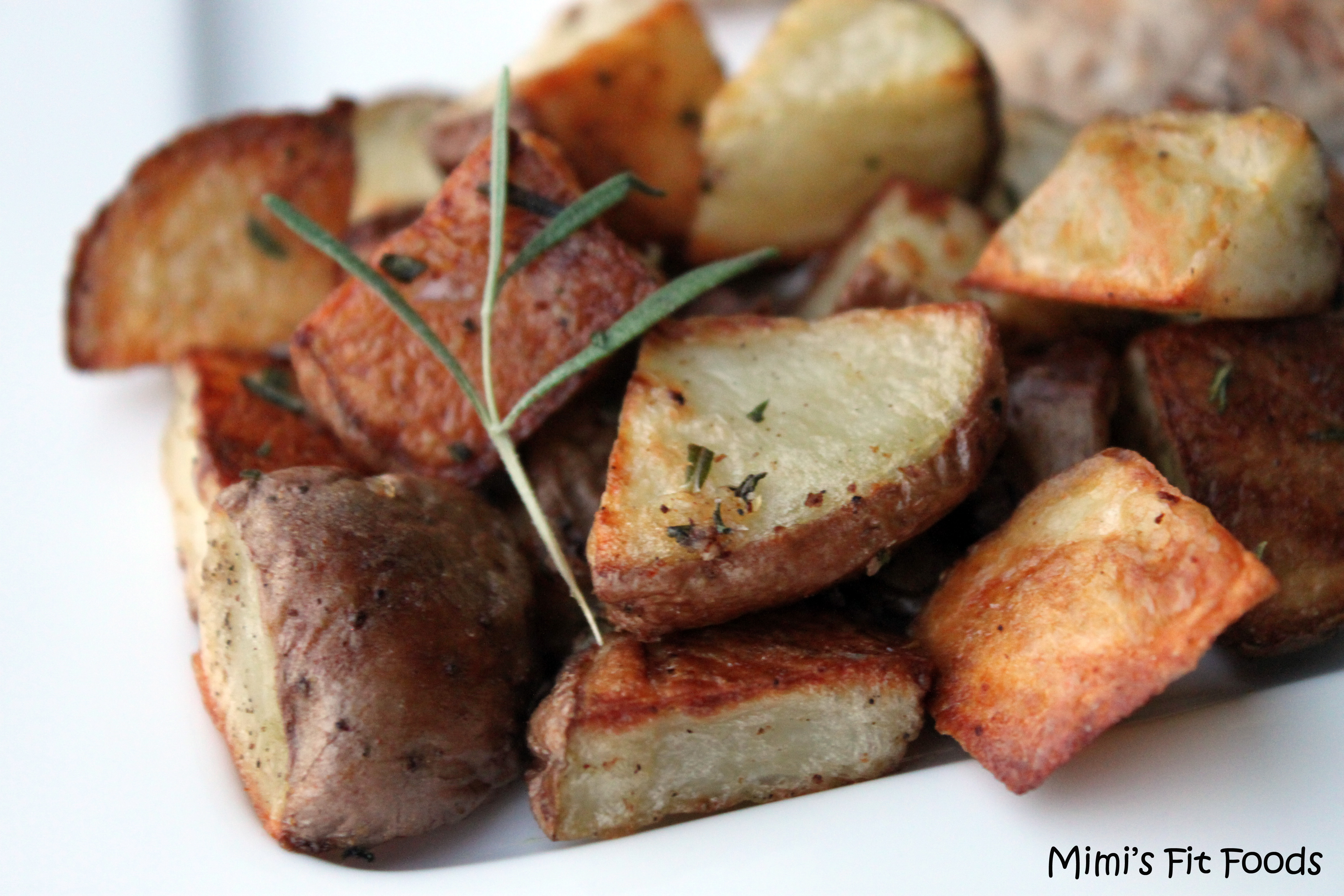 Roasted Red Potatoes with Garlic & Rosemary