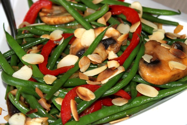 Pretty Almond Green Beans | Mimi's Fit Foods